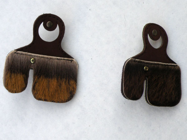 Archer tab with bristles