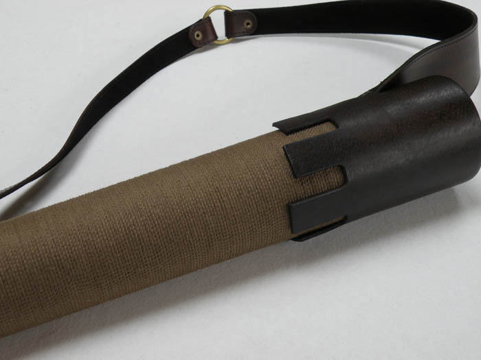 Back quiver with a sisal fiber